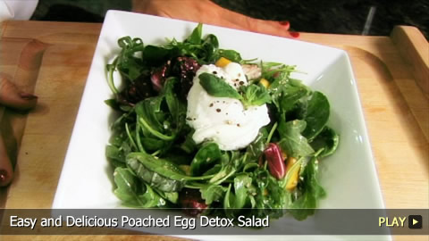 Easy and Delicious Poached Egg Detox Salad