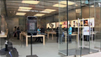 John's Rant Of The Day: The Apple Store