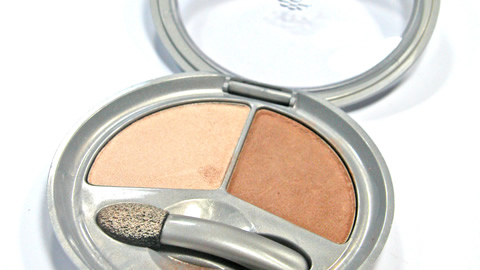 Beauty Tips - Applying Blush and Bronzer